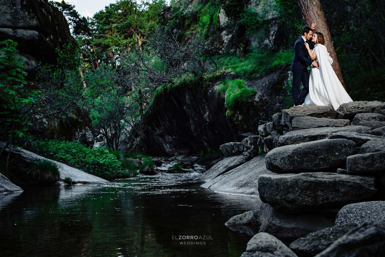 Postbodas en Madrid fotógrafo el zorro azul weddings